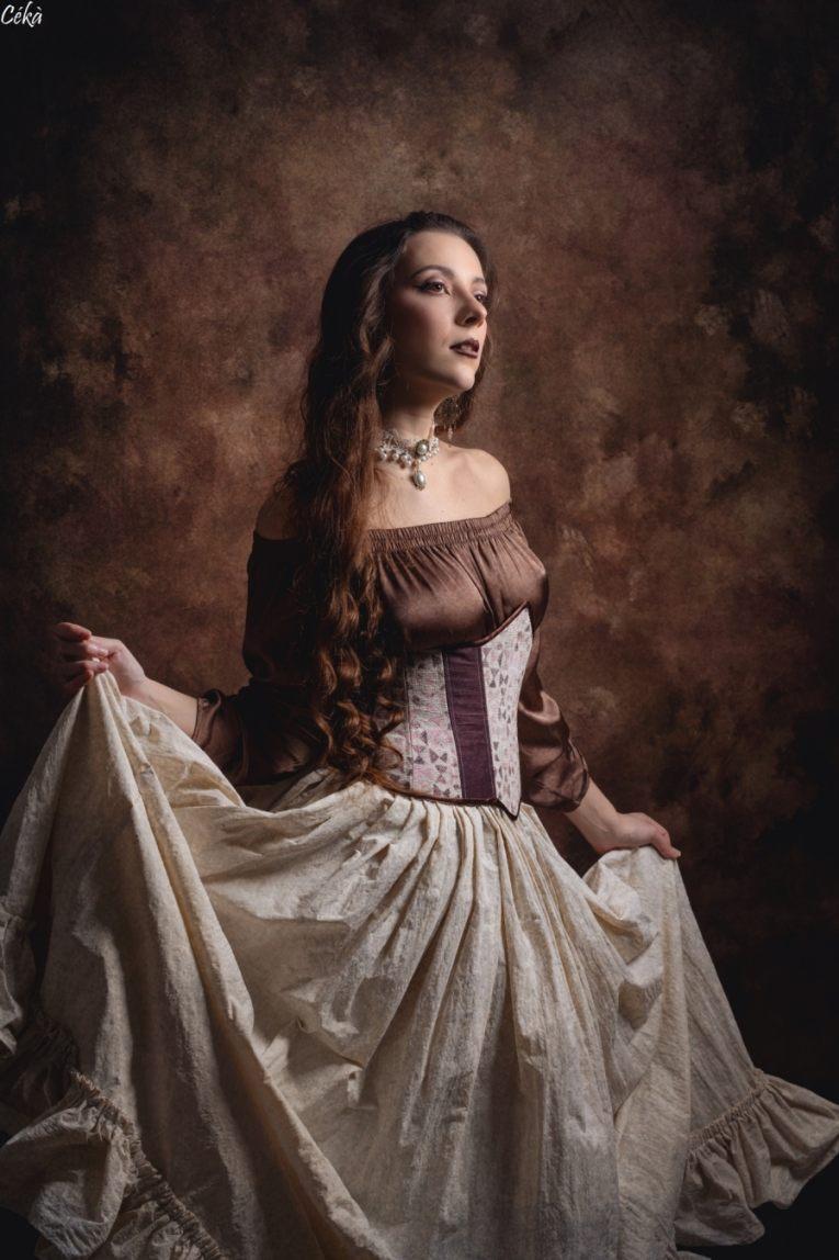 Fine art serre taille Corset robe Melun